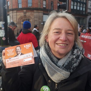 180501_Natalie Bennett & Liam Fox card at McStrike 1May2018